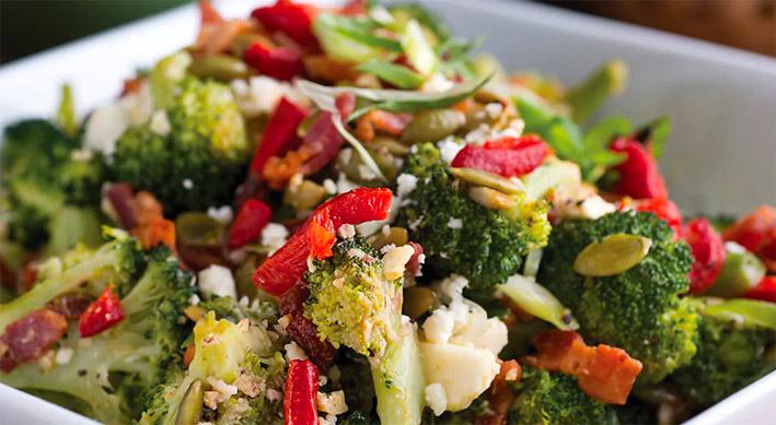 ensalada de verduras de invierno brocoli