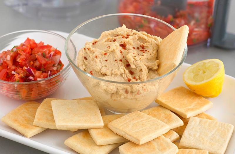 Hummus con tostadas