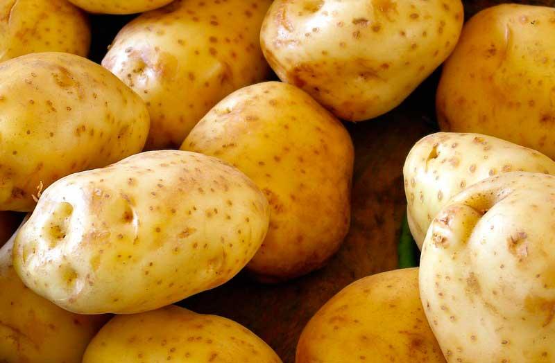 diferencias entre confitar vs caramelizar patatas